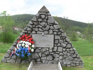 Spomen obilježje spaljeno selu Mune